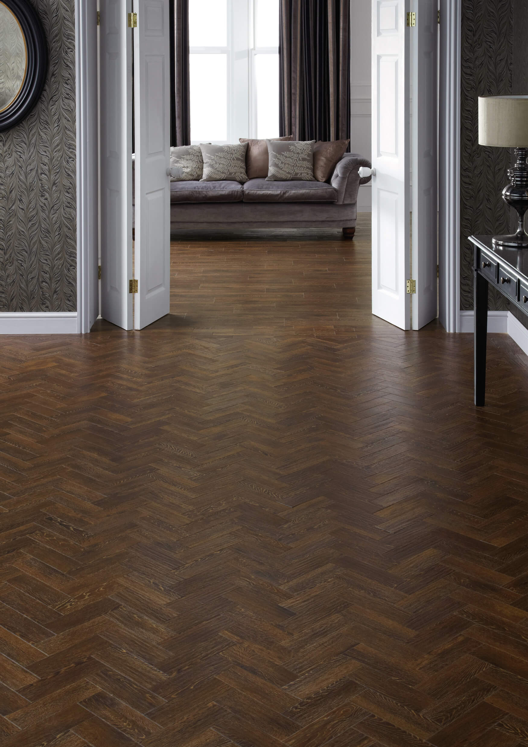 Karndean art select vinyl flooring in sundown oak hc04 for Vinyl flooring companies