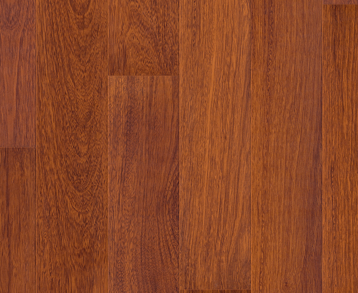 quickstep largo laminate flooring in natural varnished. Black Bedroom Furniture Sets. Home Design Ideas