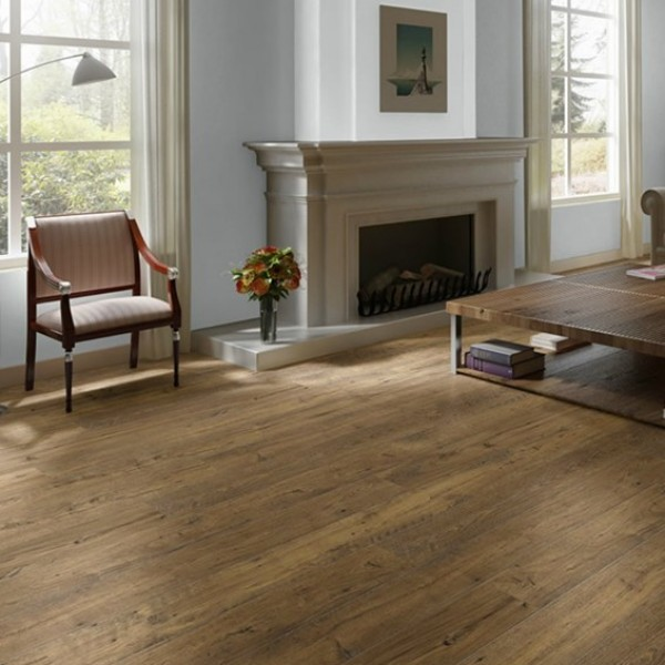 quickstep eligna laminate flooring in reclaimed chestnut