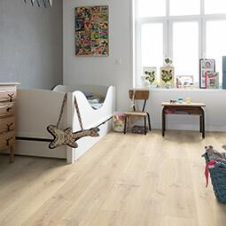 Quickstep Creo Laminate Flooring In Tenessee Oak Light Wood Cr3179