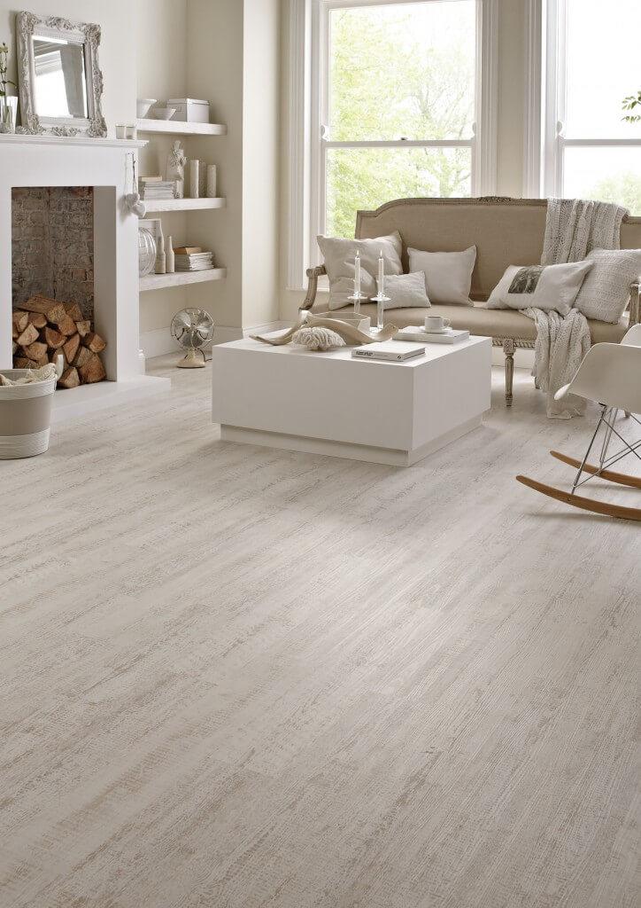 Karndean Knight Tile Vinyl Flooring In White Painted Oak Kp105