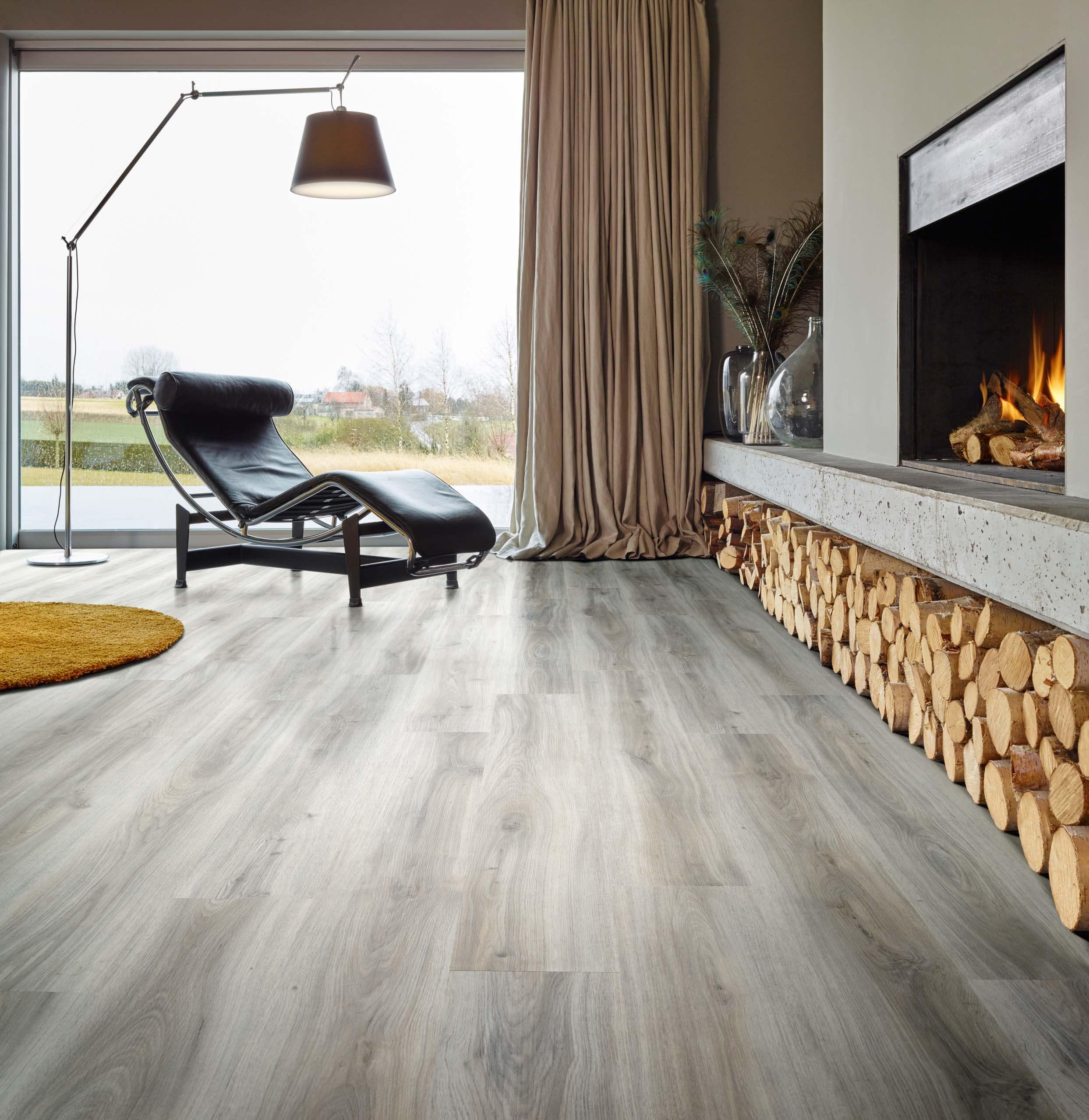 Moduleo select luxury vinyl flooring classic oak 24932 for House classics vinyl