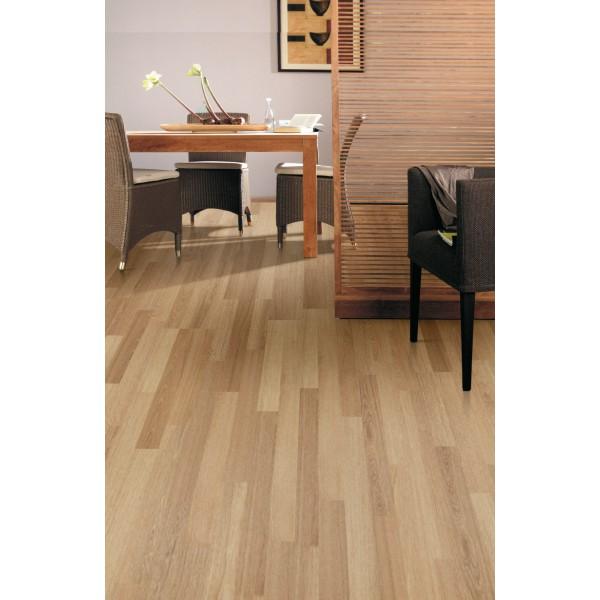 Balterio luxury laminateflooring senator brushed oak 424 for Balterio black laminate flooring