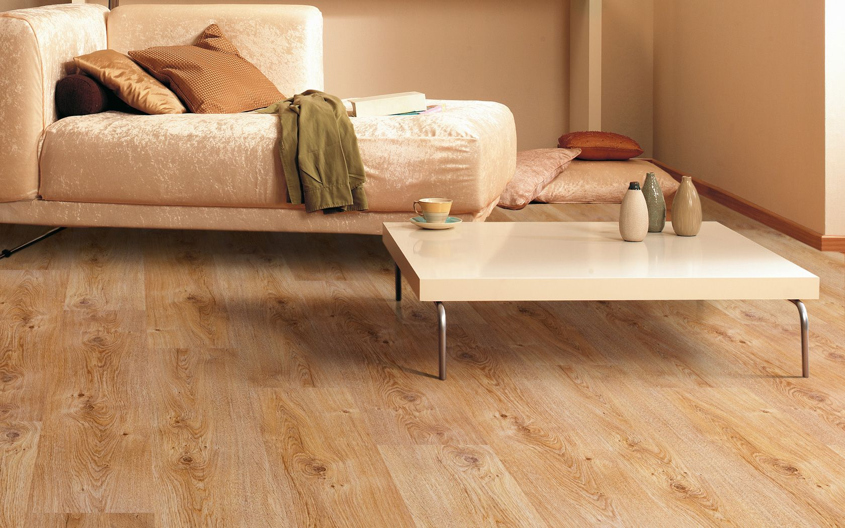 Balterio luxury laminate flooring tradition quattro for Luxury laminate
