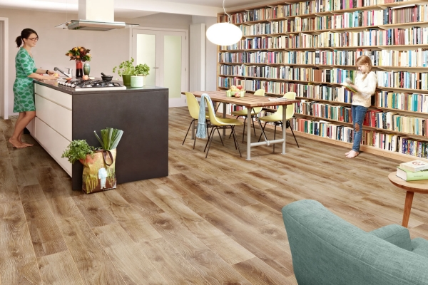 Balterio luxury laminate flooring qattro vintage macadamia for Sherlock laminate flooring